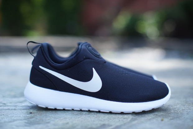 13a9b7be2c08 Nike Roshe Run Slip On Black White