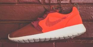 969ddda072bfc Nike-Roshe-Run-Hyperfuse-Team-Red-4