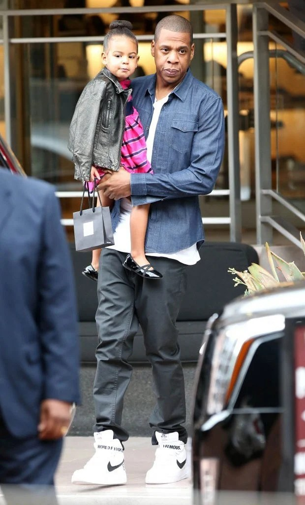 official photos e1ee3 fd878 ... Jay-Z in the Supreme x Nike Air Force 1 High
