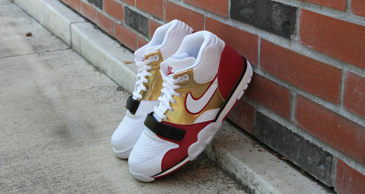 "super popular 9d264 ac119 Nike Honors Jerry Rices Roots with the ""Brick Layer"" Air Trainer 1"
