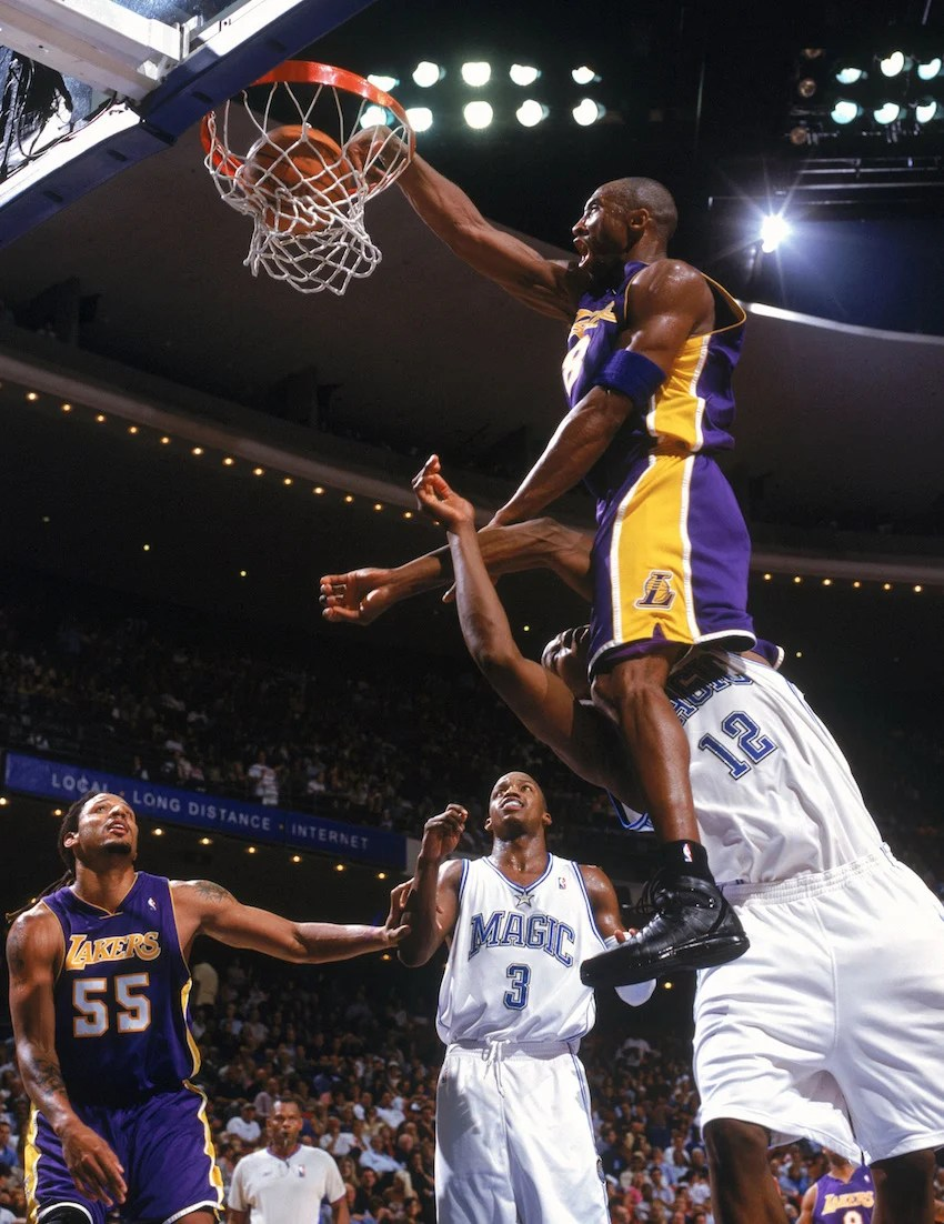 9f8e4aef1157 Kobe Bryant in the Nike Zoom Huarache 2k4 ...