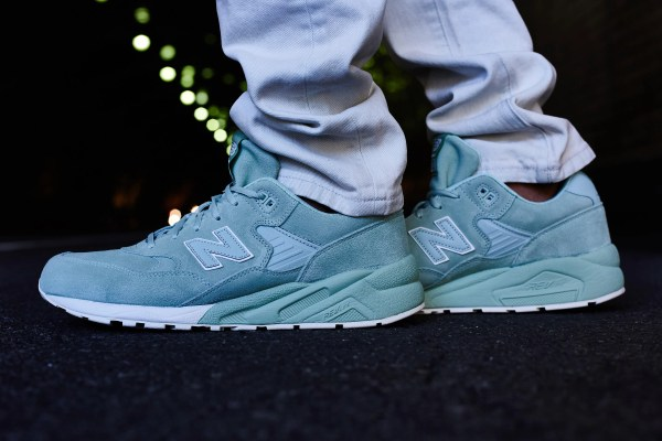 New Balance 580 Elite On-Foot Look