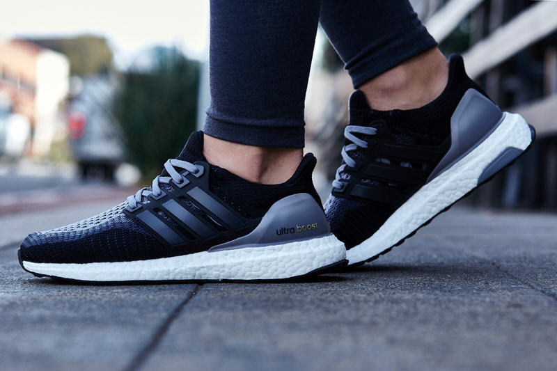 save off 04ee9 a9b31 On-Foot Look // adidas Ultra Boost Wave Black/Grey | Nice Kicks