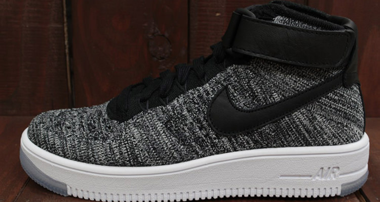 """sale retailer 8c629 222d8 Nike Flyknit Air Force 1 Mid Dropping in Two """"Oreo"""" Colorways"""
