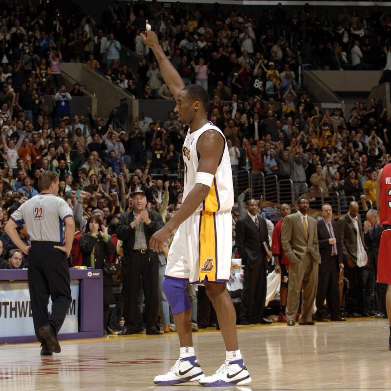 Kobe Bryant in the Nike Zoom Kobe 1