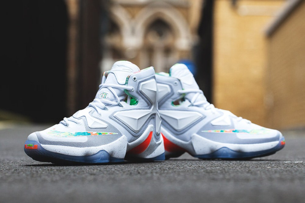 pretty nice 10513 fb2c0 Nike LeBron 13 Easter