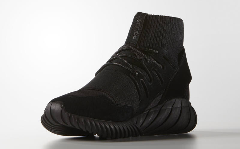 pretty nice 4efea 27bcf adidas Tubular Doom Triple Black