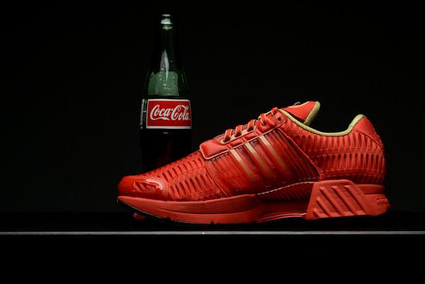 new product 66bc1 508fb Coca Cola x adidas Climacool