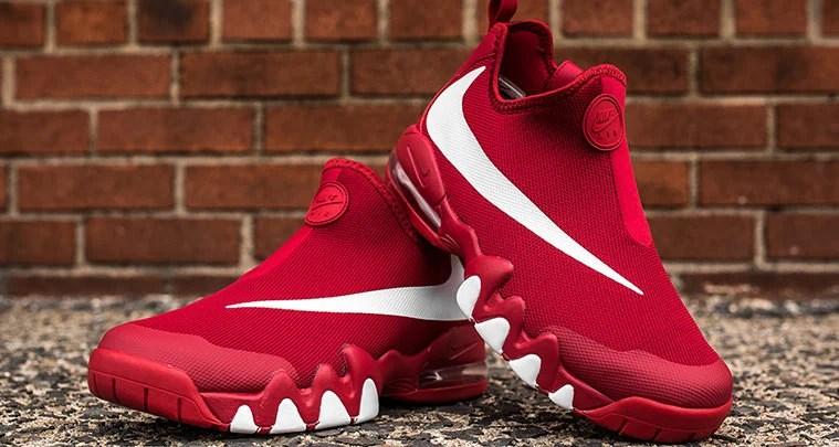 4138ed671c The Nike Big Swoosh