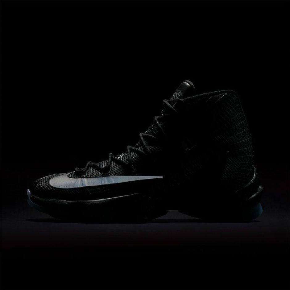 best loved 6fa9b 1a667 ... Nike LeBron 13 Elite Ready to Battle