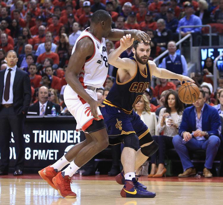 Cleveland+Cavaliers+v+Toronto+Raptors+Game+J1POmb7lh39x