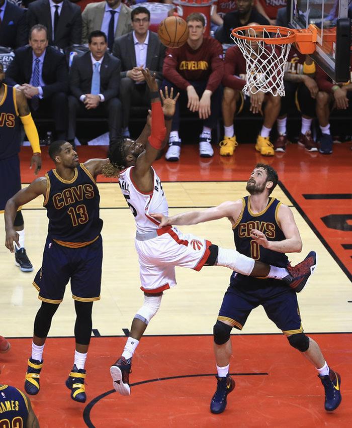 Cleveland+Cavaliers+v+Toronto+Raptors+Game+rH82ki6Ug-vx