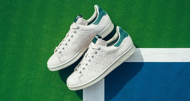 JUICE x adidas Stan Smith