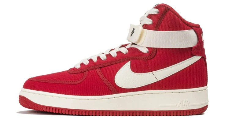 new concept f8496 c2eb1 Nike Air Force 1 High Canvas