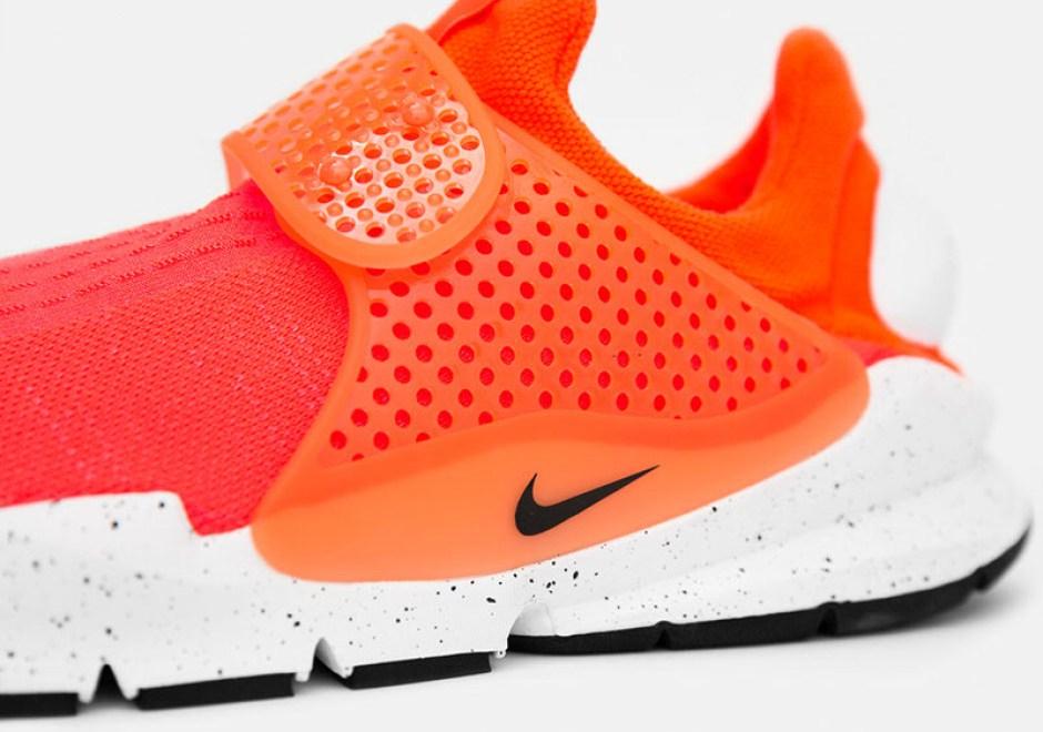 best sneakers c08fa ef5db Nike Sock Dart SE Total Crimson