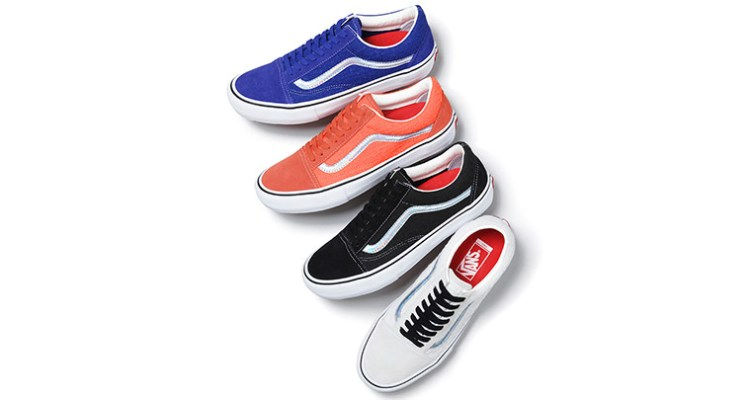 eb5c7ea4dfb5 Supreme x Vans Old Skool Iridescent Collection