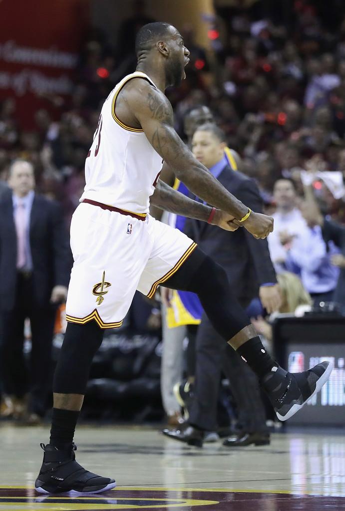 B 2 2016+NBA+Finals+Game+Three+CpBZ4RxzWSpx