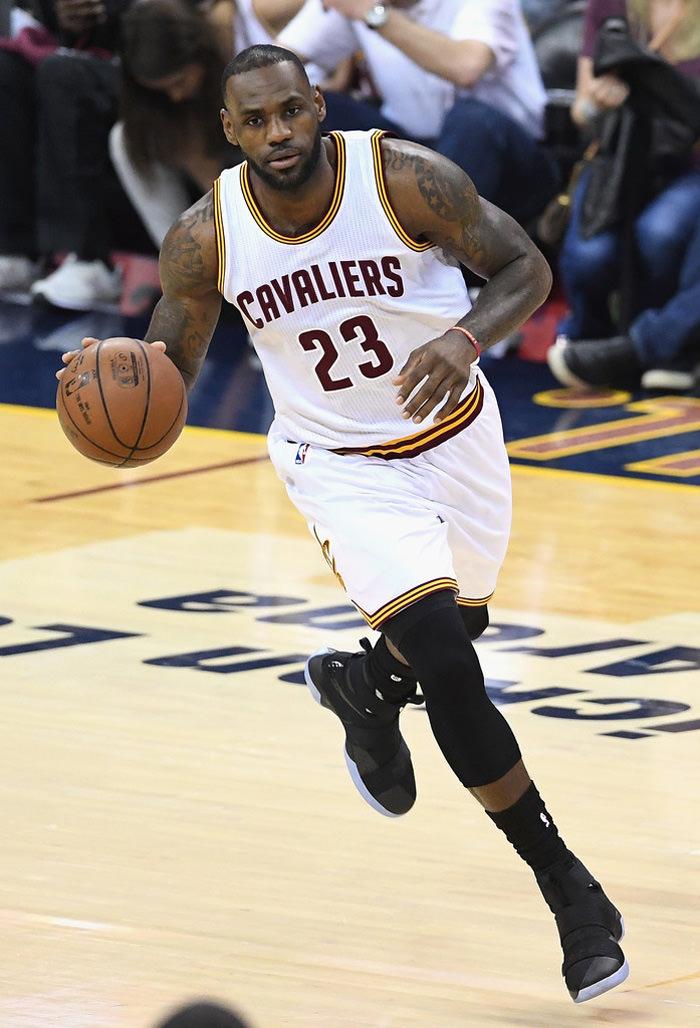 B 2016+NBA+Finals+Game+Three+MCKS9yrE3wjx