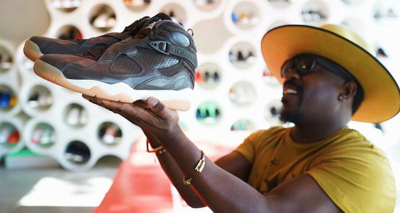 7c37657851b How Anthony Hamilton Got 30 Pairs of Air Jordan PEs | Nice Kicks