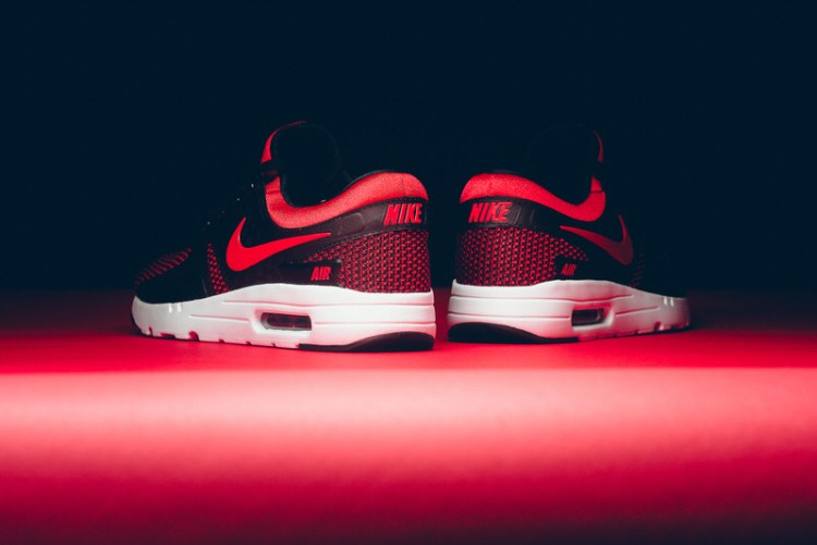 Nike Air Max Zero Pops Up in