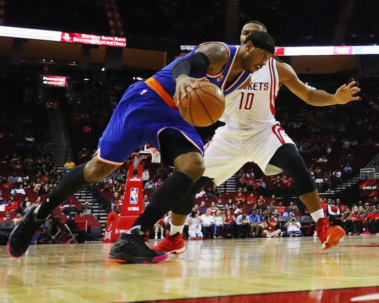 Carmelo Anthony turns the corner in the Jordan Melo M12