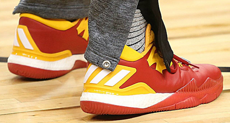 James Harden Shows Love to China with New Crazylight PE // Kicks On Court