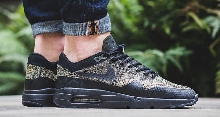huge discount ae8b6 dce48 Nike Air Max 1 Ultra Flyknit