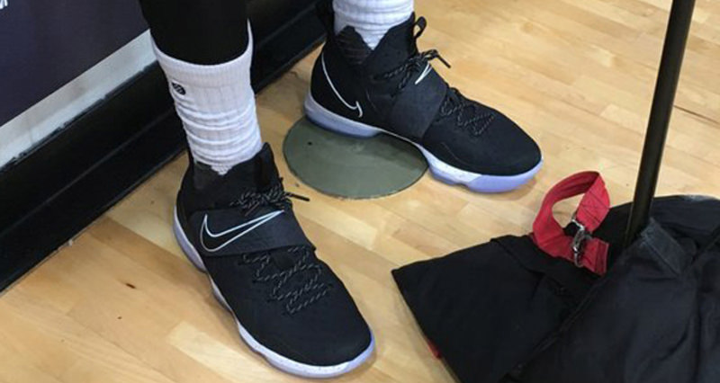 LeBron James Spotted in Nike LeBron 14 Black White  d39aeab0c839
