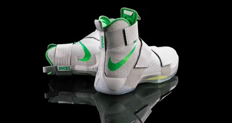 "Nike LeBron Soldier 10 ""Oregon Ducks"" PE"