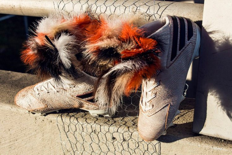 """28661f69066561 """"Roosters are Dope"""" on Von Miller s Latest adidas Custom Cleat"""