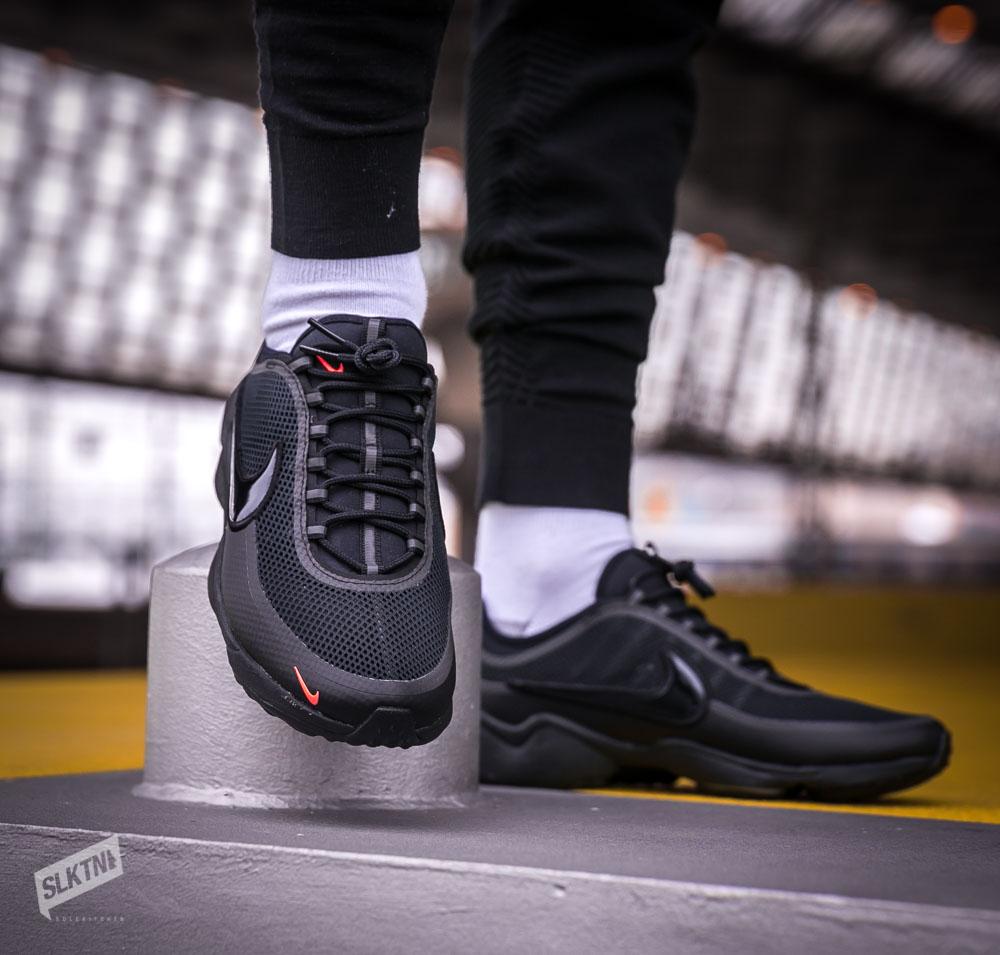 a3f7878a17de Nike Zoom Spiridon Ultra