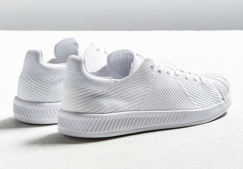 competitive price b985c a3dba adidas superstar bounce white black