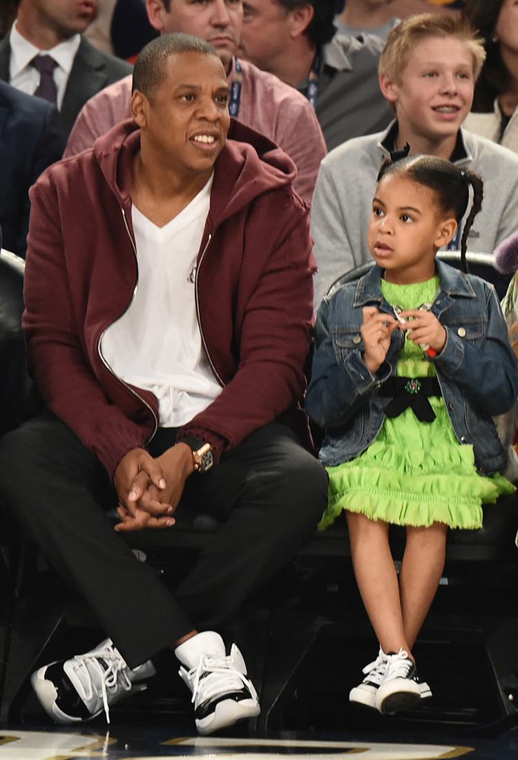 """Jay Z in the Air Jordan 11 Low """"Concord"""" & Blue Ivy Carter in the Converse Chuck Taylor"""