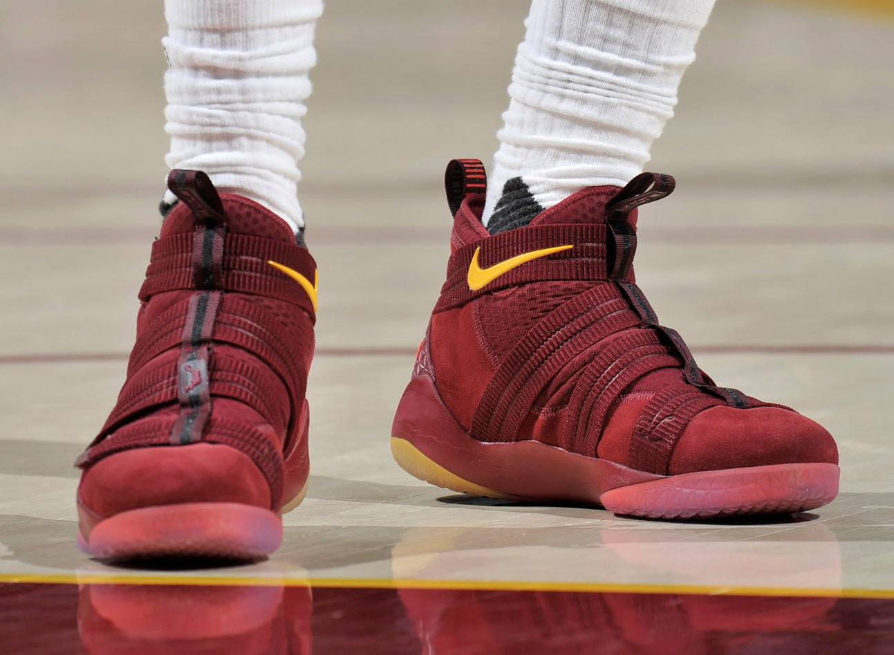 competitive price 7ac9a b6de1 LeBron James Debuts Nike Zoom Soldier 11 // Kicks On Court ...