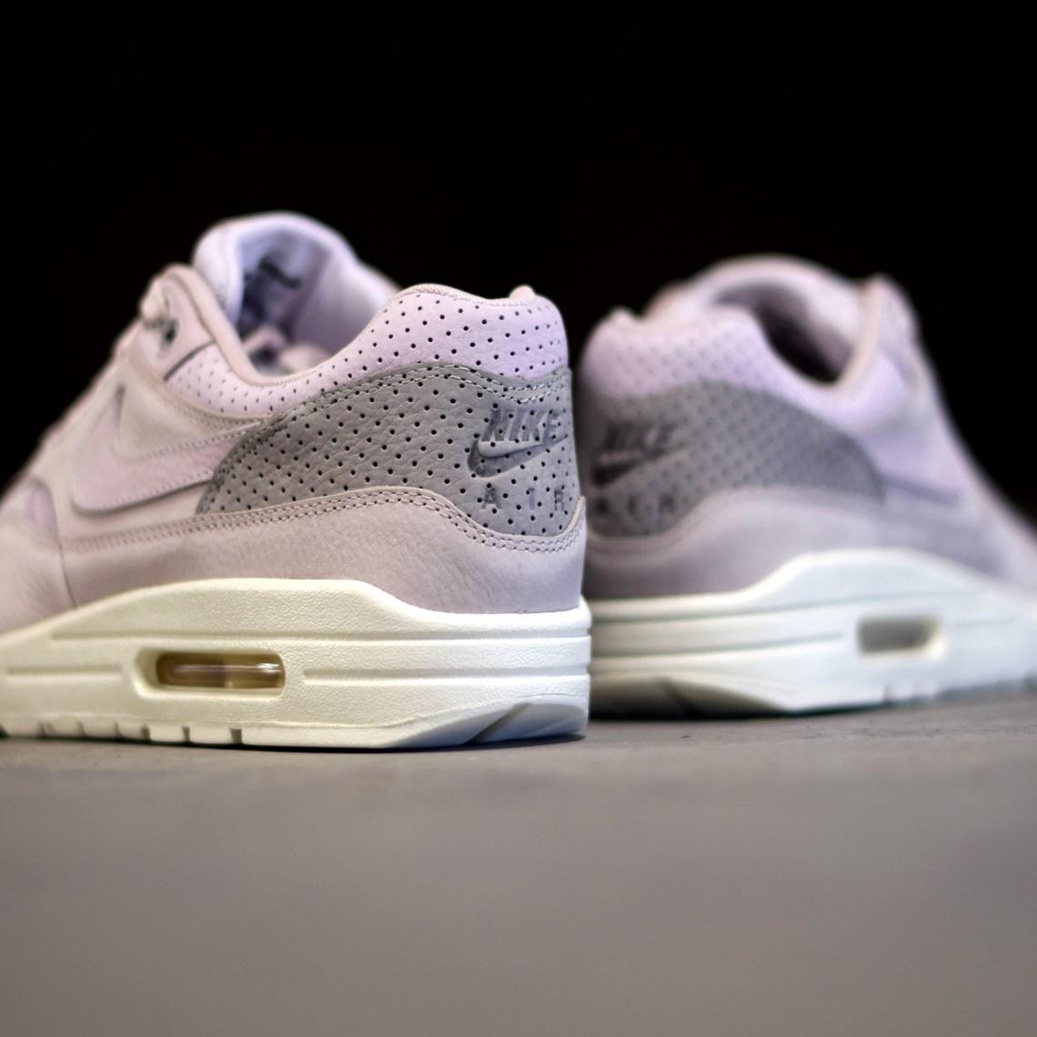 16e3608215f5 Nike Air Max 1 Pinnacle