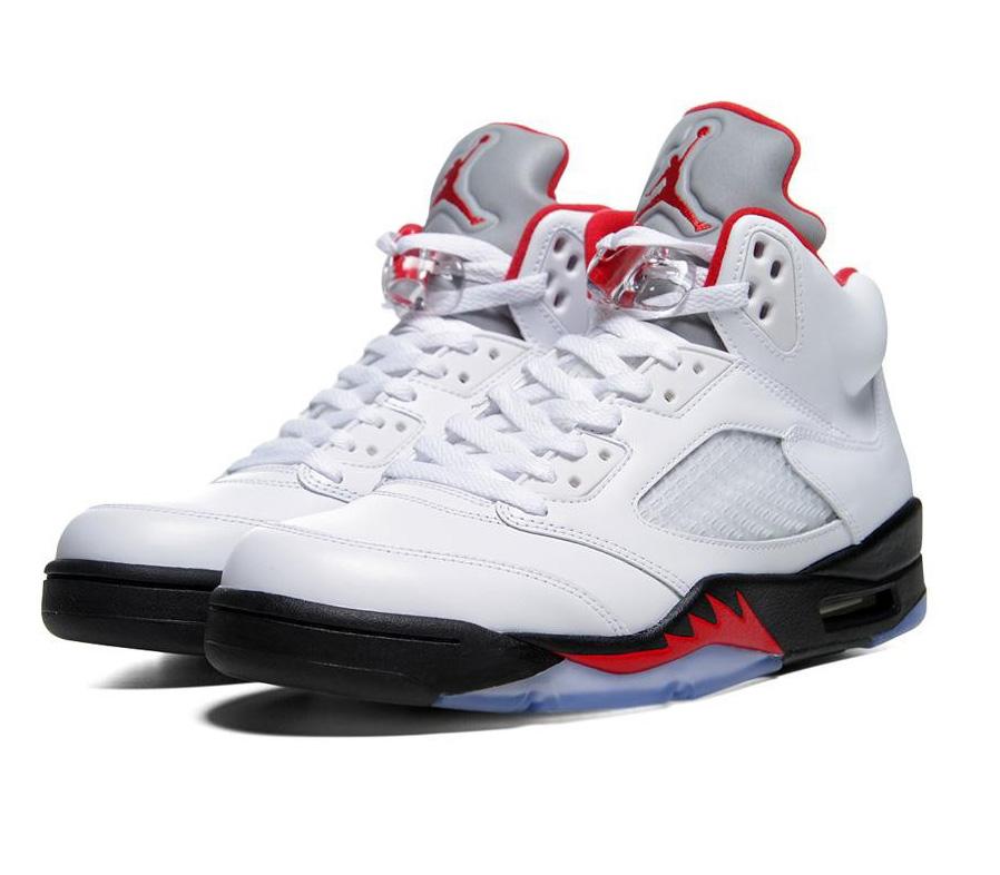 11 – Air Jordan 5