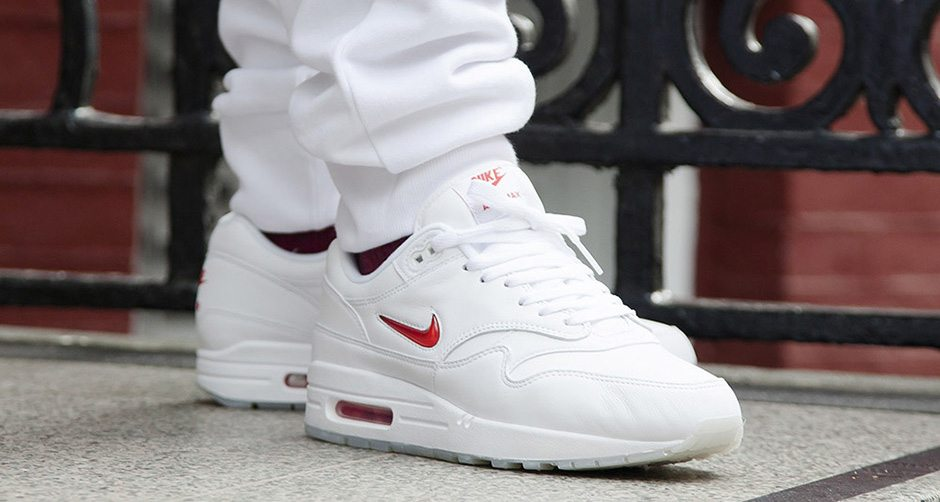 "Nike Air Max 1 Jewel ""White/Red"""
