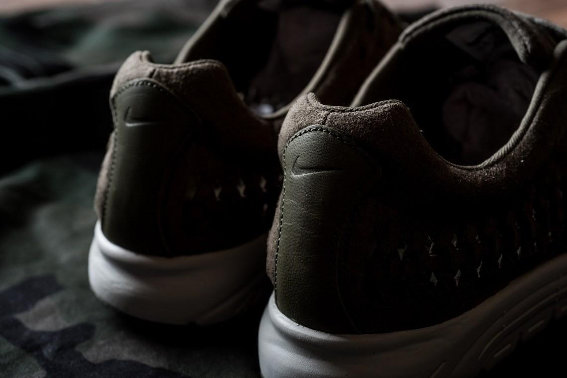 "Nike Mayfly Woven ""Olive"""