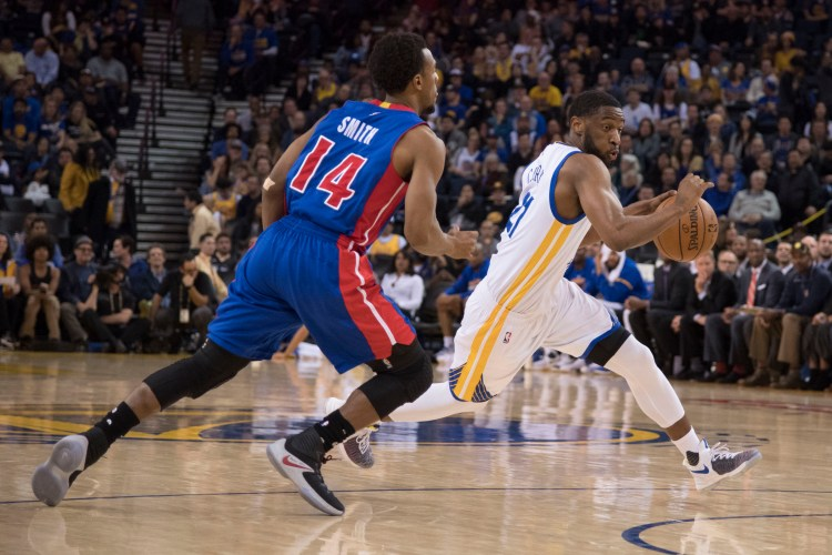 Ian Clark hoops it up in the KD 9. (Kyle Terada-USA TODAY Sports)