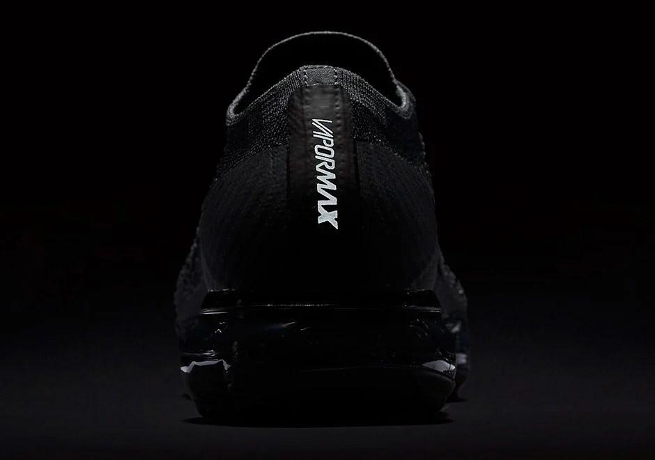 A New Nike Air VaporMax