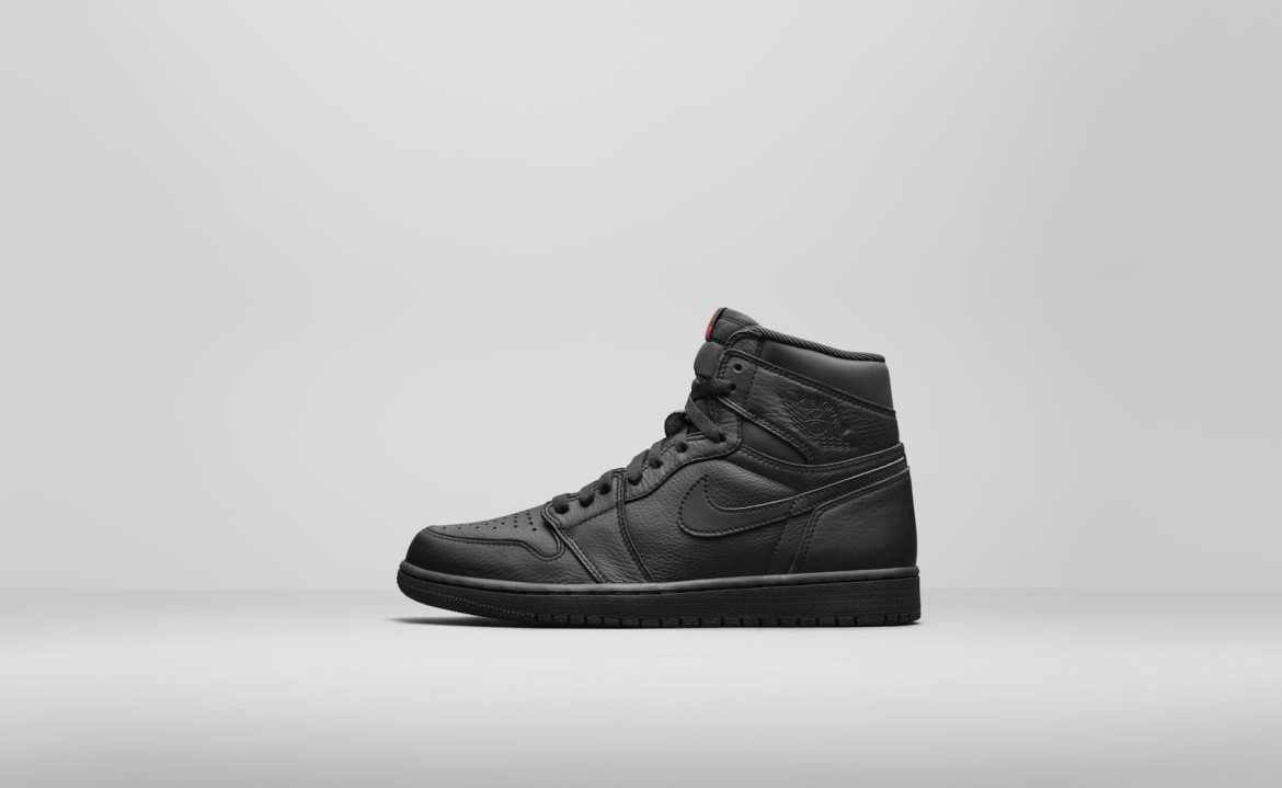 "Air Jordan 1 PRM ""Black"""