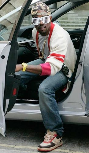 217f16291ab This Day in Sneaker History // Kanye West Releases Graduation | Nice ...