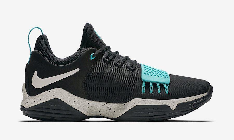 "Nike PG1 ""Light Aqua"""