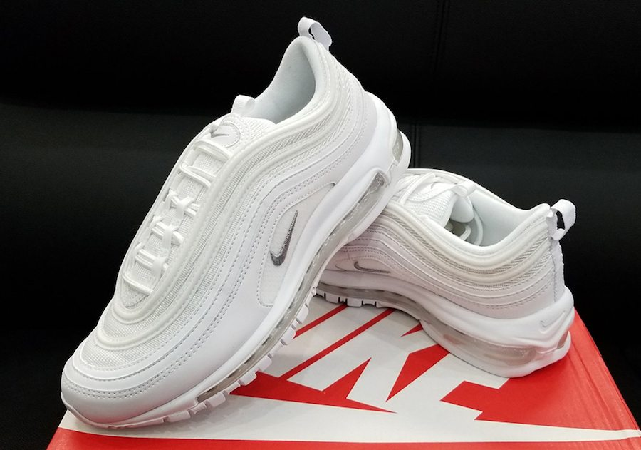 low priced d02d2 1b75f Nike Air Max 97