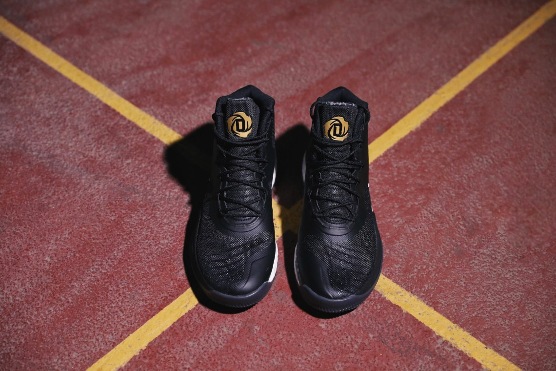35638169bc3 adidas D Rose 8 Black Gold    Detailed Look