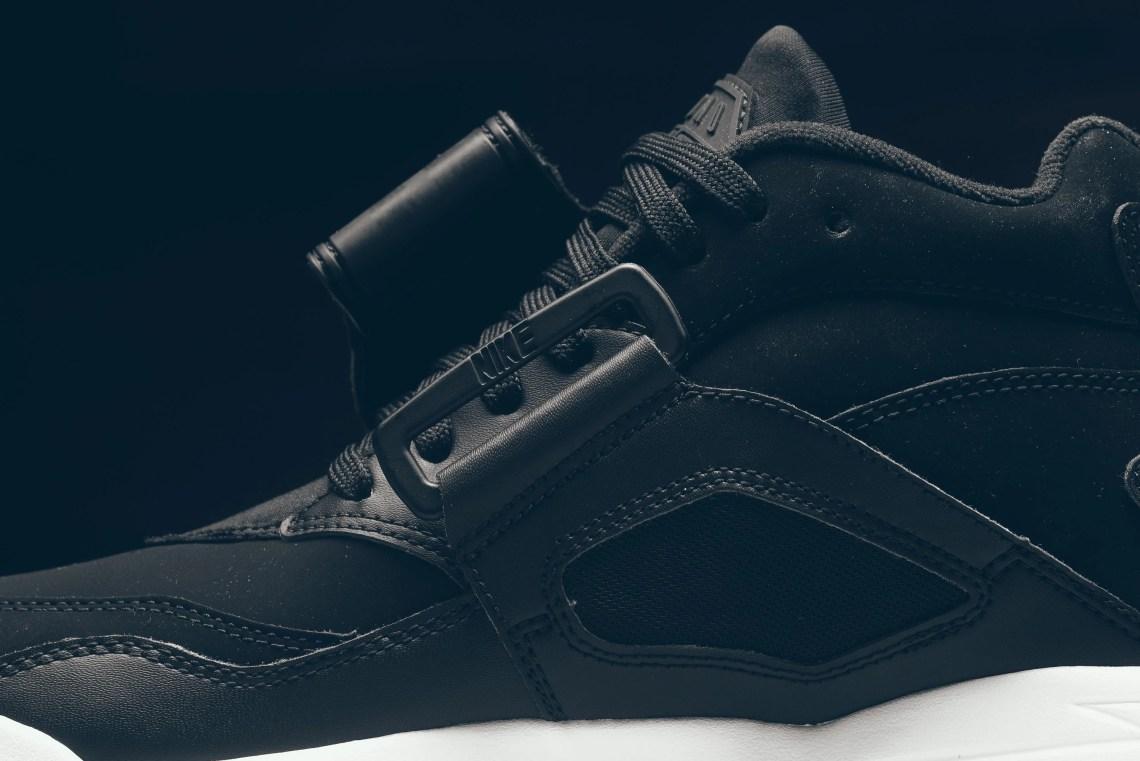 new arrival f5e9c 30835 Nike Air Diamond Turf BlackWhite ...