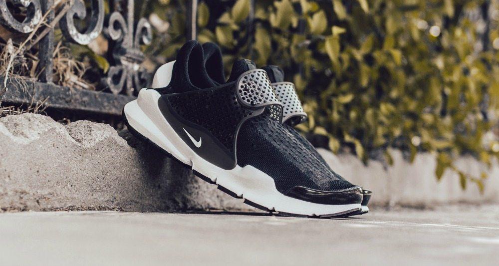 the best attitude 33ba5 f932b Nike Sock Dart Black/White // Available Now | Nice Kicks