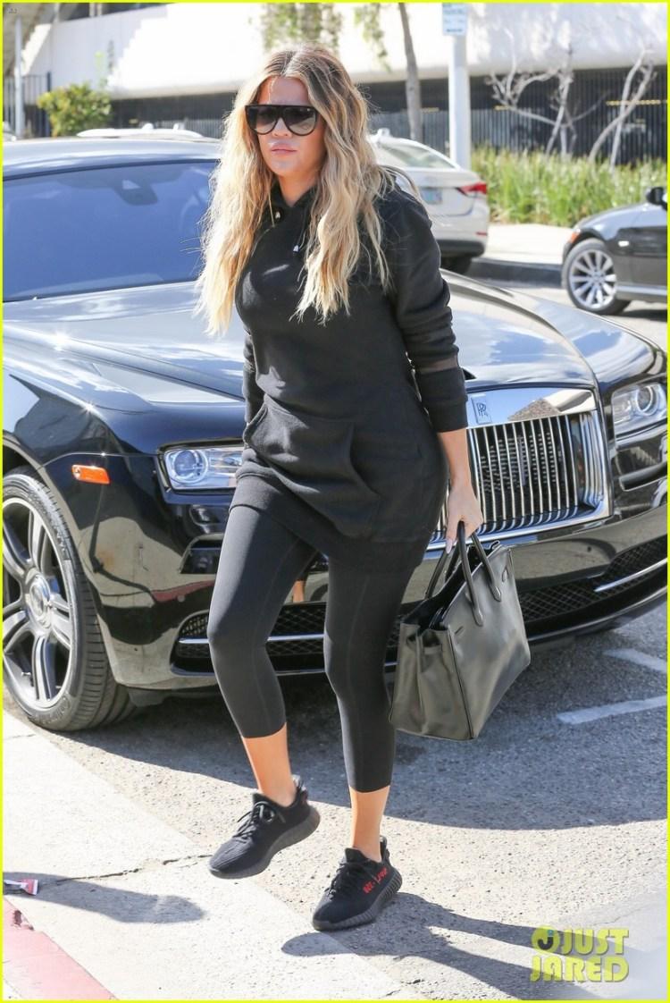 """Kourtney Kardashian in the Yeezy BOOST 350 """"Black/Red"""""""