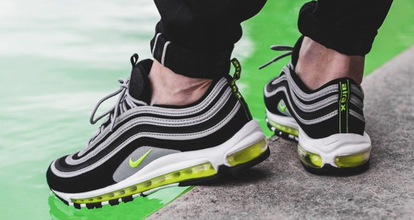 Undefeated x Cheap Nike Air Max 97 Olive