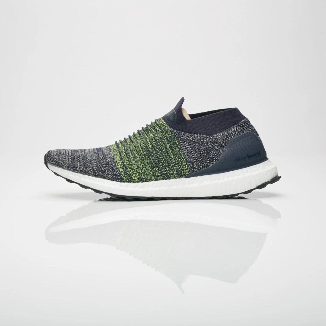 "adidas UltraBOOST Laceless ""Legend Ink"""